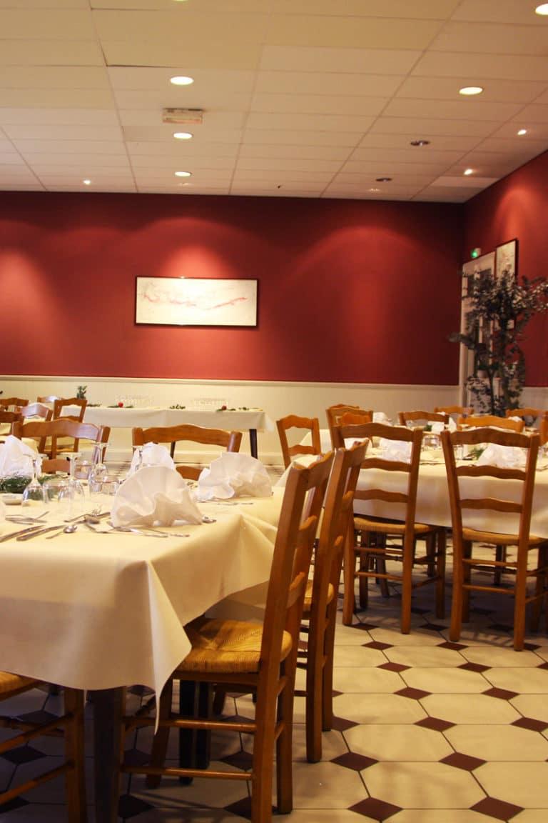 Aux vendanges de Bourgogne hotel restaurant Paray le Monial - salle de récetpion seminaire -4