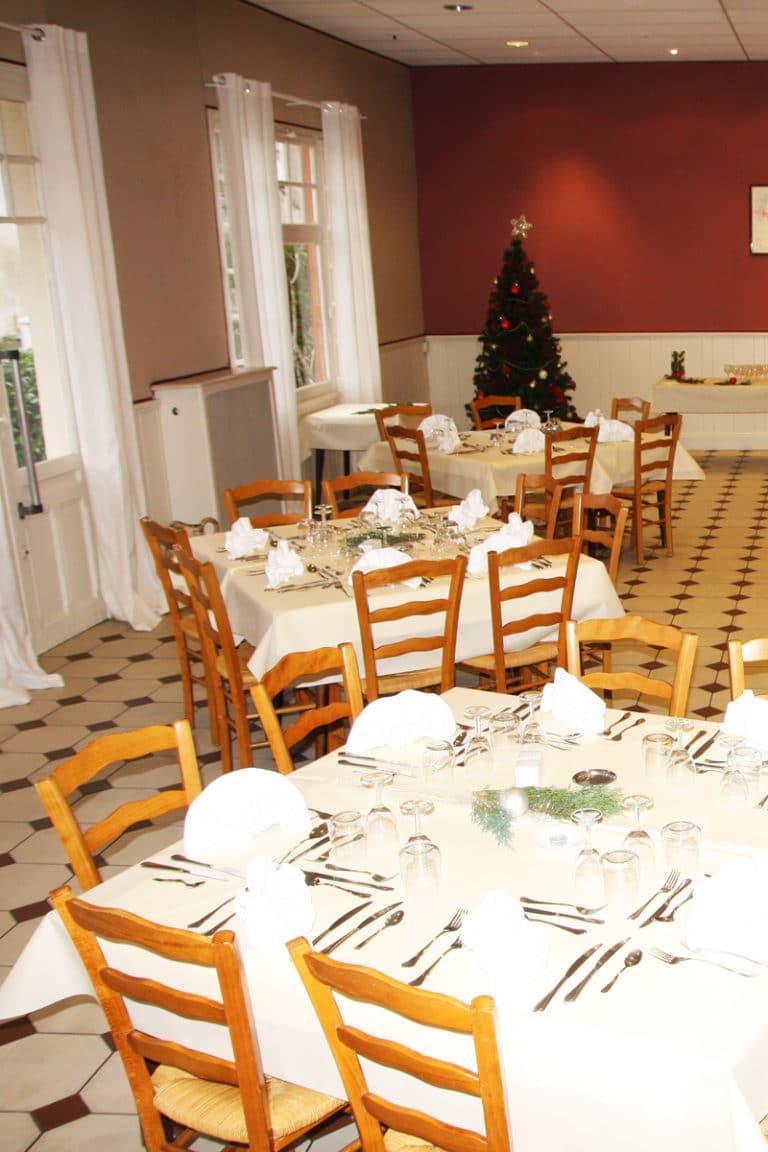 Aux vendanges de Bourgogne hotel restaurant Paray le Monial - salle de récetpion seminaire -5