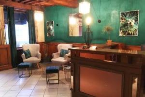 Entrée Hotel Aux vendanges de Bourgogne Paray le monial-2