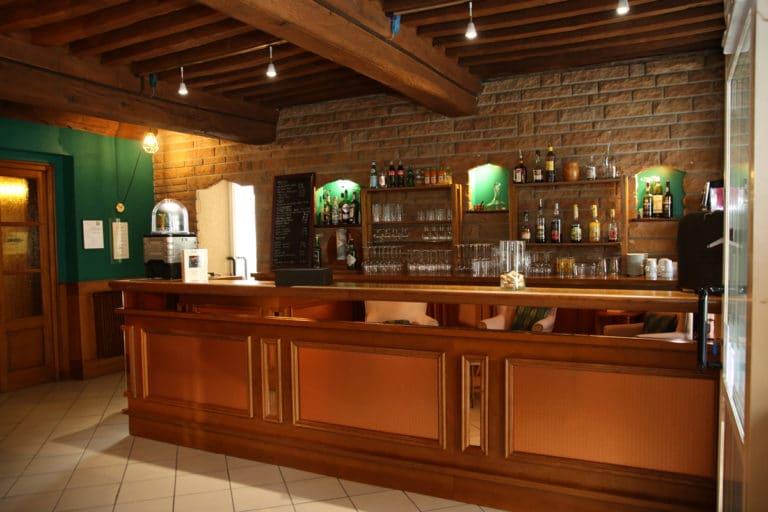 Hotel Restaurant Aux Vendanges de Bourgogne Paray le Monial Saone et Loire Bourgogne - reception -3