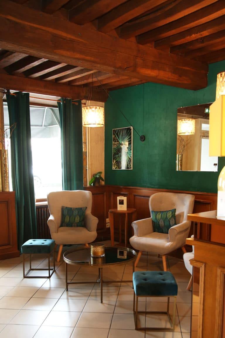 Hotel Restaurant Aux Vendanges de Bourgogne Paray le Monial Saone et Loire Bourgogne - salon -2